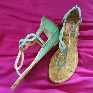 NWOT Modcloth Sandal Turquois Suede Like Toe Strap